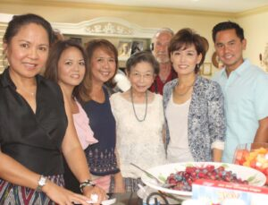 Candidate Young Kim Meets Fil-Ams: Young Kim's run for the 59th Congressional District gets a boost from the Filipino-American at the Meet and Greet Event hosted by Linda Sarno and Cheody Fortunato at her La Palma residence last August 16. Kim (second from right), is shown with the officers of the Filipino American Chamber of Commerce of Orange County at the event where she expounded on her advocacies once elected.