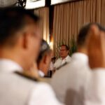 Aquino tells soldiers: Contribute to improve the military organization
