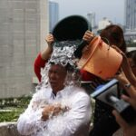 Sen. Drilon takes ice bucket challenge
