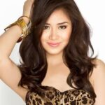 Sarah wants kissing scene with Piolo