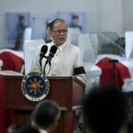 Aquino vows continuing support to families of 44 slain SAF commandos