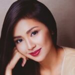 Kathryn admits feeling 'awkward' with Nadine