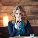 One glass of wine makes you sexier: study