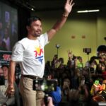 Mar's ally wooing Pacquiao to drop Binay