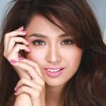 Is Kathryn willing to work with Daniel's mom Karla?