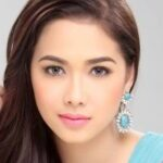 Does Coco have a chance with Maja now that she's single?