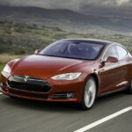 Tesla will soon enable an autopilot mode and offer an alternative charging method