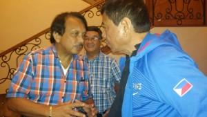 Duterte pursues negotiations with insurgents